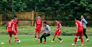 ĐTQG Việt Nam tập buổi đầu tiên chuẩn bị cho AFF Cup 2018