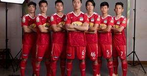 ẢNH: Chiêm ngưỡng Xuân Trường, Công Phượng, Văn Thanh và các cầu thủ HAGL trong áo đấu mới mùa giải 2018
