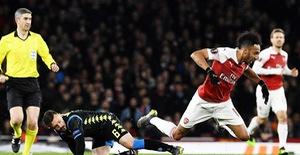 ẢNH: Arsenal thắng dễ Napoli ở tứ kết lượt đi Europa League