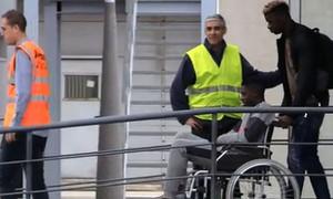 Lộ hình ảnh khiến fan Barca đau lòng