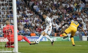 Real Madrid 3-0 APOEL: Kền kền giải khát chiến thắng, CR7 hụt hat-trick đáng tiếc