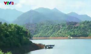 Vẻ đẹp hồ Truồi và Thiền viện Trúc Lâm Bạch Mã