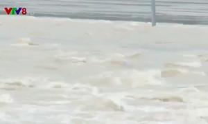 Nhiều khó khăn do mưa lũ kéo dài tại Nam Trung Bộ