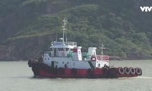 Thông luồng tạm thời cảng Quy Nhơn sau vụ chìm tàu hàng