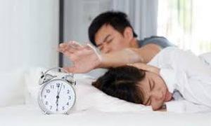 Ngủ không đủ giấc làm cản trở khả năng sinh sản như thế nào?