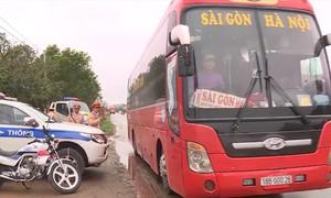 Quảng Bình tổng kiểm soát xe khách Bắc - Nam
