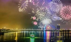 Người dân và du khách mãn nhãn với đêm khai hội pháo hoa quốc tế Đà Nẵng 2018