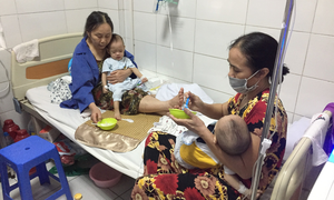 Nguy cơ sởi biến chứng nặng do không tiêm vaccine phòng ngừa