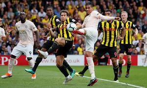 Hậu vệ Man Utd lọt top 6 bàn thắng đẹp nhất vòng 5 Ngoại hạng Anh