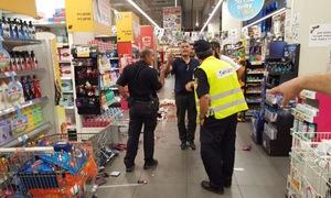 Tấn công bằng dao tại siêu thị Israel
