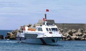 Quảng Trị đưa tàu du lịch Cồn Cỏ vào sử dụng