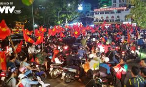 U23 Việt Nam giành vé vào chung kết Giải U23 châu Á: Vỡ òa cảm xúc khắp mọi nơi
