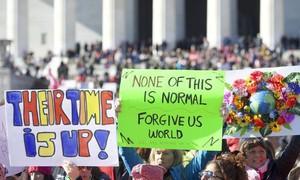 Hàng triệu phụ nữ ở Mỹ xuống đường tuần hành bảo vệ quyền phụ nữ