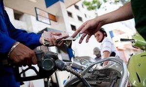 Giá xăng tăng 600 đồng/lít