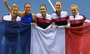 ĐT Pháp và ĐT Belarus vào bán kết Fed Cup 2019