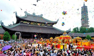[INFOGRAPHIC] Các lễ hội không thể bỏ qua từ Bắc tới Nam dịp đầu năm mới