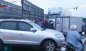 Hàng loạt vụ tai nạn trên đường dẫn nối vào cao tốc Đà Nẵng - Quảng Ngãi