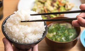 Ăn nhiều cơm gạo hơn có thể ngăn ngừa béo phì