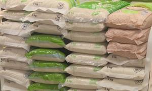Khuyến mãi nhiều mặt hàng gạo thơm