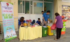 Đổi rác lấy quà - cách hay xây dựng ý thức phân loại rác