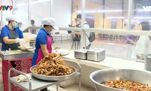 TP.HCM giám sát các cơ sở cung cấp suất ăn sẵn, bếp ăn tập thể