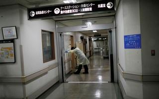 """Nhật Bản: Bệnh nhân mắc bệnh nghiêm trọng phải """"nhường chỗ"""" cho bệnh nhân COVID-19"""