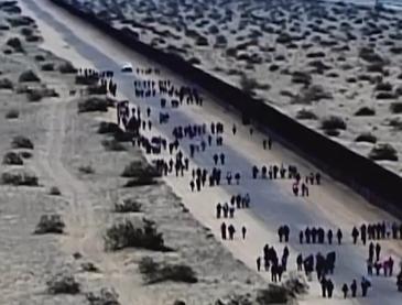 Mỹ bắt giữ hàng trăm người vượt biên trái phép