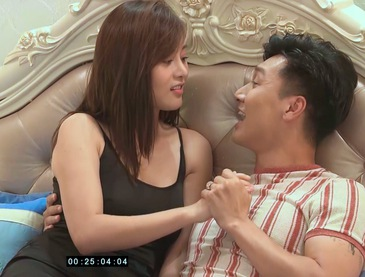 Hương vị tình thân phần 2 - Tập 38: Long bàn với vợ xin việc cho ông Sinh