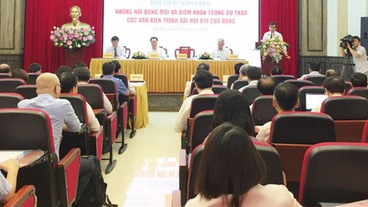 Hoàn thiện dự thảo các văn kiện trình Đại hội XIII của Đảng