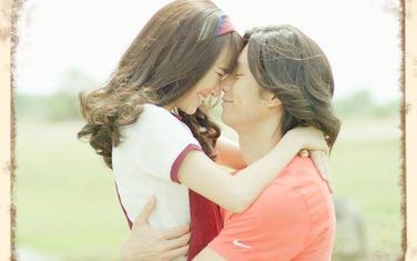 """""""Ngày ấy mình đã yêu"""" tung trailer: Nhã Phương mặc váy cưới, hạnh phúc trong vòng tay Nhan Phúc Vinh"""