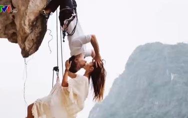 Cặp đôi đưa đam mê leo núi vào bộ ảnh cưới