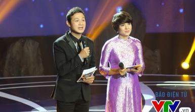 """MC Anh Tuấn """"kết đôi"""" với NB Diễm Quỳnh trong Giai điệu tự hào"""