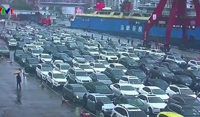Ùn tắc giao thông nghiêm trọng tại Trung Quốc