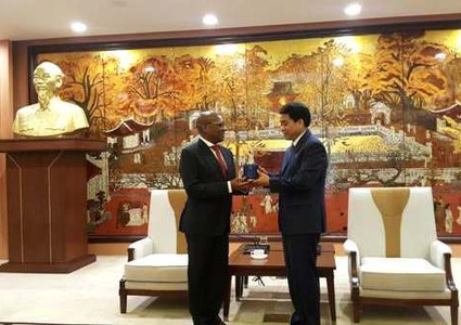 Hanoi looks to strengthen links with South Africa