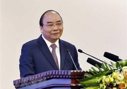 PM chairs meeting reviewing projects with Laos, Cambodia