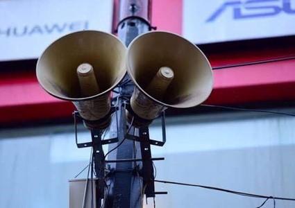 Loudspeakers transmit COVID-19 developments