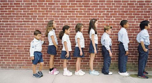 Trẻ thấp lùn không chỉ do thiếu canxi