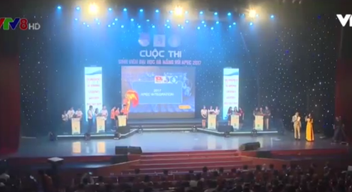 Chung khảo cuộc thi Sinh viên Đại học Đà Nẵng với APEC