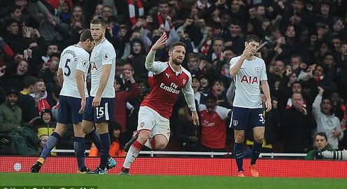 """Arsenal 2-0 Tottenham: Thắng lợi thuyết phục của """"Pháo thủ"""""""