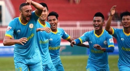 Vòng 13 Giải VĐQG V.League 2017: CLB Tp. HCM 1-4 Sanna Khánh Hoà, B. Bình Dương 2-2 Hải Phòng