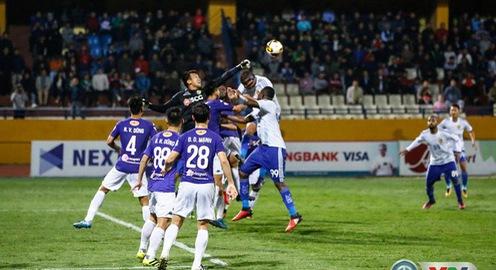 Điểm nhấn vòng 25 giải VĐQG V.League 2017: Kịnh tích cuộc đua vô địch, Văn Toàn khai hỏa