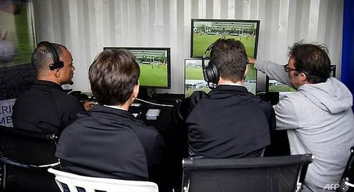 Vì sao VAR gây tranh cãi vẫn được áp dụng tại World Cup?