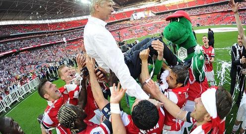 Bảng thành tích ấn tượng của HLV Arsene Wenger tại Arsenal