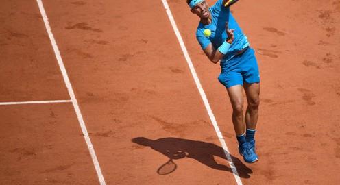 """Bản lĩnh """"Vua sân đất nện"""", Nadal bước tiếp vào tứ kết Pháp mở rộng 2018"""