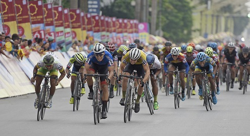 ẢNH: Những khoảnh khắc ấn tượng chặng 2 Giải xe đạp quốc tế VTV Cup Tôn Hoa Sen 2018 - Hà Nội đi Thanh Hoá
