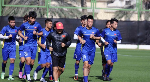 ĐT Việt Nam trở lại sân tập để chuẩn bị cho trận đấu với Iran