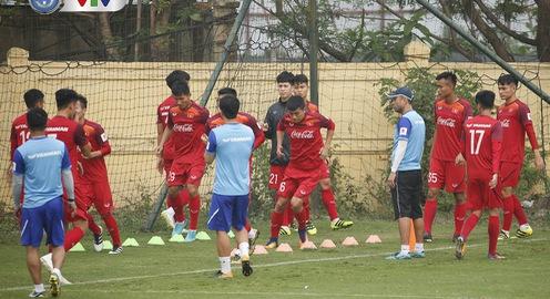 ẢNH: U23 Việt Nam cấp tốc tập luyện chuẩn bị giao hữu