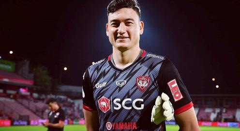 Muangthong United thua trận, Đặng Văn Lâm vẫn được Thai League vinh danh