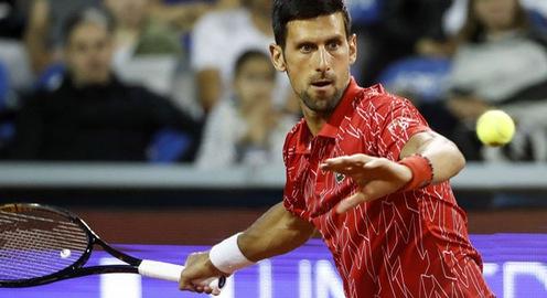 Djokovic nhận trận thua đầu tiên trong năm 2020