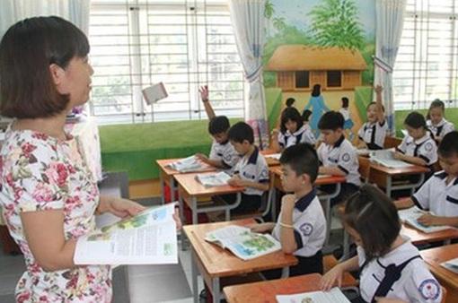 Đánh giá học sinh Tiểu học bằng nhận xét: Những điểm tích cực và hạn chế